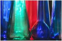 2014-07-renate-braun-farbige-flaschen